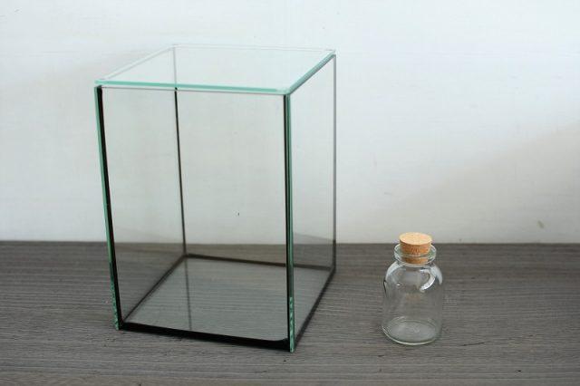 ガラス容器大小